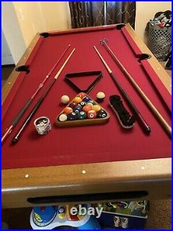 7.5 Imperial International Pool Table