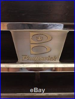 9 Brunswick Gold Crown III Pooltable