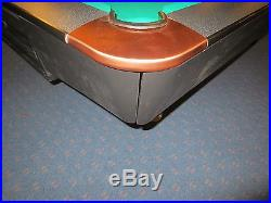 9 FT Brunswick Gold Crown POOL TABLE