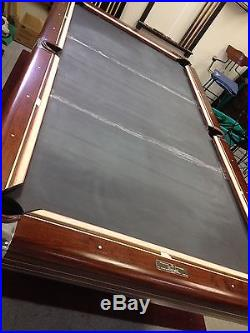 9 ft Brunswick Anniversary Pool Table with Ball Return