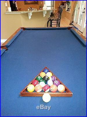 Beautiful Brunswick Pool Table 4x8 mahogany finish, blue felt Low reserve