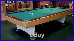 Brunswick 10' 3 Cushion Billiard table (Gold Crown)