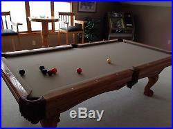 Brunswick Avalon oak Pool Table 8 Foot