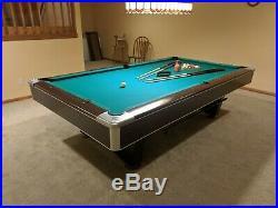 Brunswick Centurion Billiards Pool Table 9' Slate Top Siminos 860 cloth