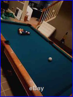 Brunswick Contender Pool Pocket Billiards Table 7 Ft. With accessories/ mancave