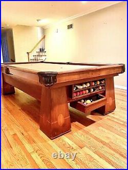 Brunswick MEDALIST Antique 9 Foot Pool Table 4 Leg Amazing Condition