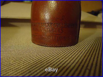 Brunswick balke collender co. Vintage leather shake bottle/Bull Dog Brand/1940's