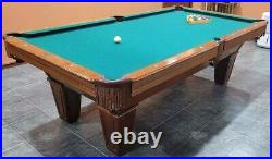 Brunswick pool table 8 ft. + accessories
