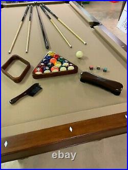 Excellent condition New Brunwwick combination pool with pong table table top