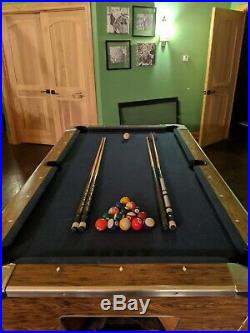 Fully functional Vintage 1960's Champions billiard pool table