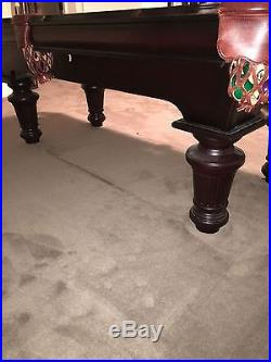 Gandy Deluxe Pool Table with accessories