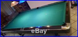 Pool Table Brunswick 9' Gold Crown III