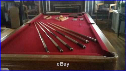 Pool table American Heritage