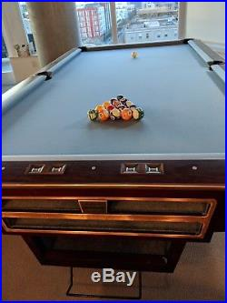 Pro Pool Table Unbranded Brunswick Gold Crown style 9ft, Tournament Quality