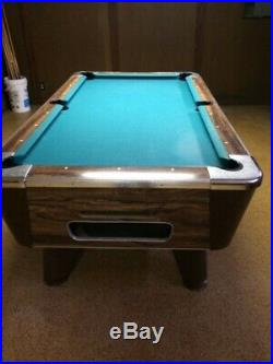 Valley Pool Table 6.5 foot coin op cloth -Chicago, IL 60630 great condition